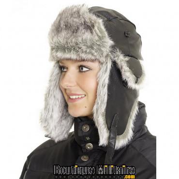 Bonnet en cuir avec fourrure